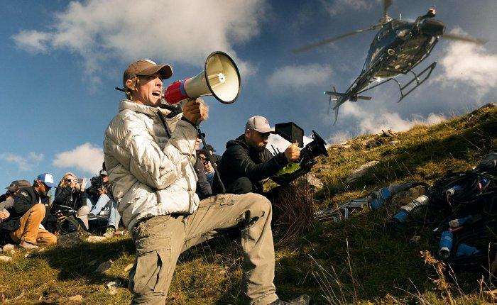 Следующими фильмами Майкла Бэя станут 6 Underground и «Робокалипсис»