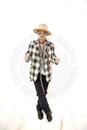 Джонни Депп — фигурант киносерии «Фантастические твари и где они обитают»
