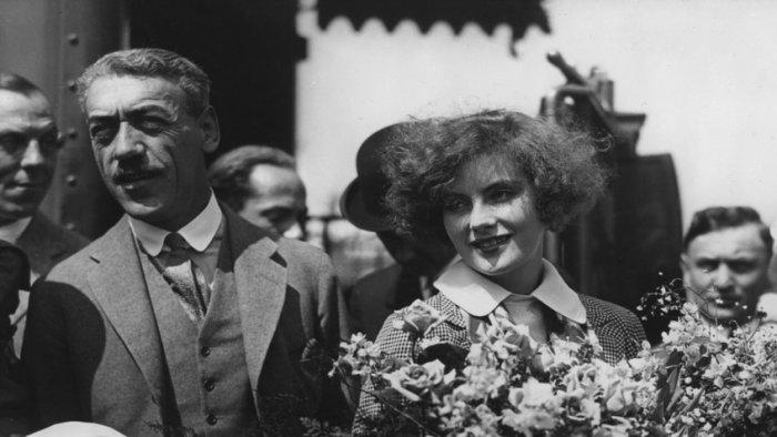 Грета Гарбо с Морицем Стиллером, 1925 год | Источник: Rex / Fotodom.ru