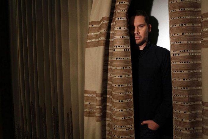 Брайан Сингер экранизирует новый триллер автора «Соломенных людей»