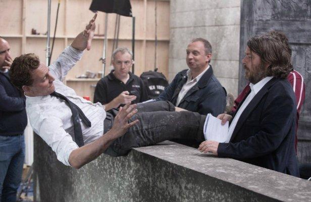 Бен Уитли снимет Тома Хиддлстона в «Круто сваренных»