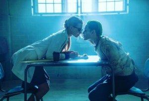 Фанаты киновселенной DC требуют закрыть Rotten Tomatoes