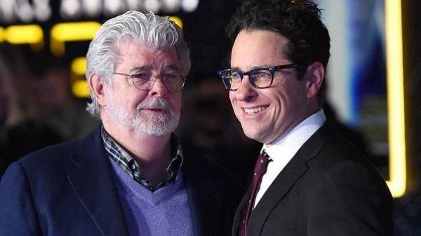 Джордж Лукас участвовал в написании сценария девятого эпизода «Звездных войн»