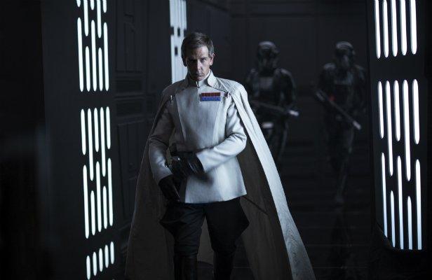 Кто переснимал «Изгой-Один. Звёздные Войны: Истории»?