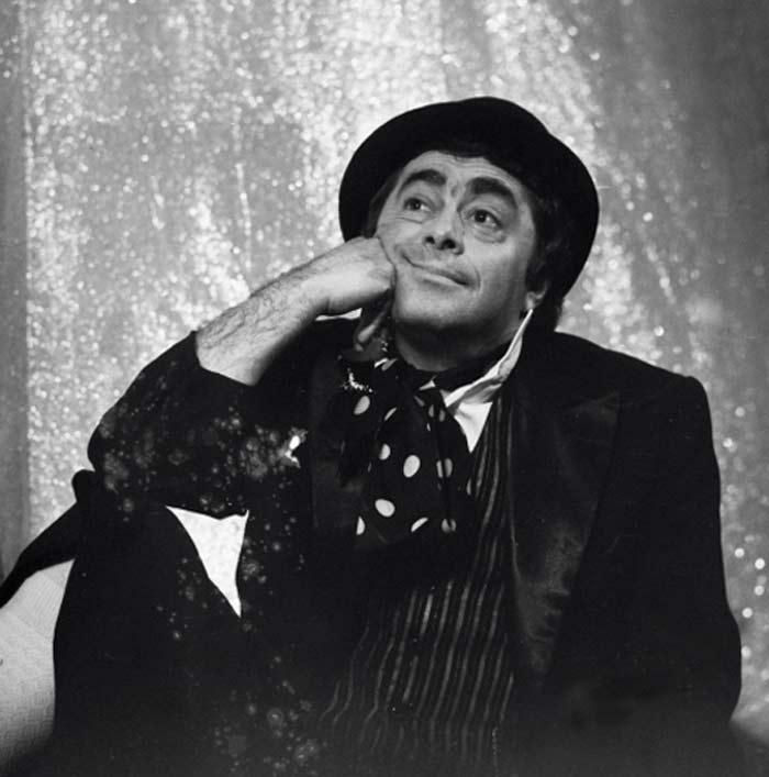 Умер Роман Карцев – большой артист, заставлявший всех смеяться, но шутки которого далеко не исчерпывались просто смехом