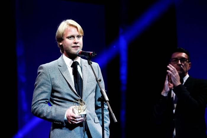 Илья Стюарт получает первый приз фестиваля