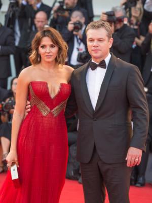 Мэтт Дэймон с женой Лучаной Барросо